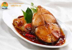 Cá biển kho dừa - Đặc sản Bến Tre