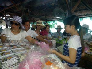 Tham quan và mua đặc sản - Du lịch Bến Tre Tiền Giang