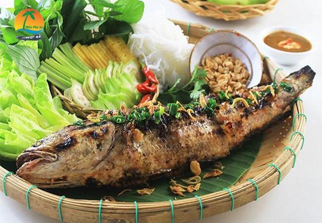 Cá lóc nướng trui - Du lịch Tiền Giang