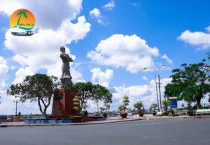Tượng đài Thủ Khoa Nguyễn Hữu Huân - Du lịch Tiền Giang