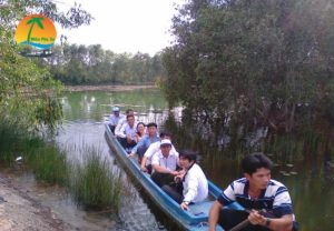 Tham quan trong khu bảo tồn - Du lịch Tiền Giang