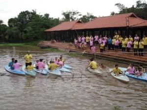 Đua thuyền Kayak tại Khu du lịch Thới Sơn