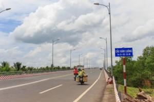 Cầu Hàm Luông