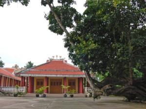 Đền thờ Cụ Huỳnh Tấn Phát