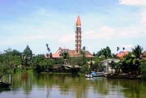 Nhà thờ Cái Mơn, xã Vĩnh Thành