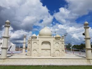 Mô hình lăng mộ Taj Mahal
