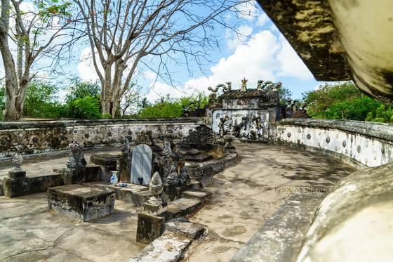 Mộ của ông Phạm Đăng Hưng