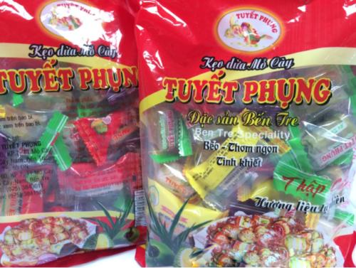 Kẹo dừa Tuyết phụng - Đặc sản Bến Tre